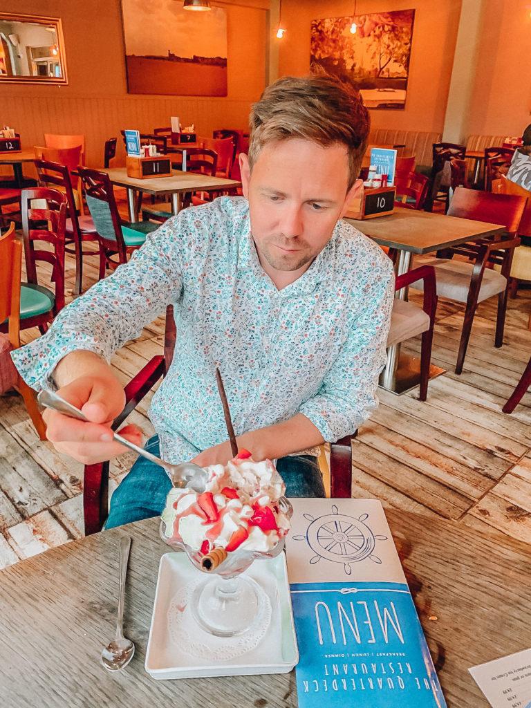Hemsby Beach Quarterdeck Restaurant