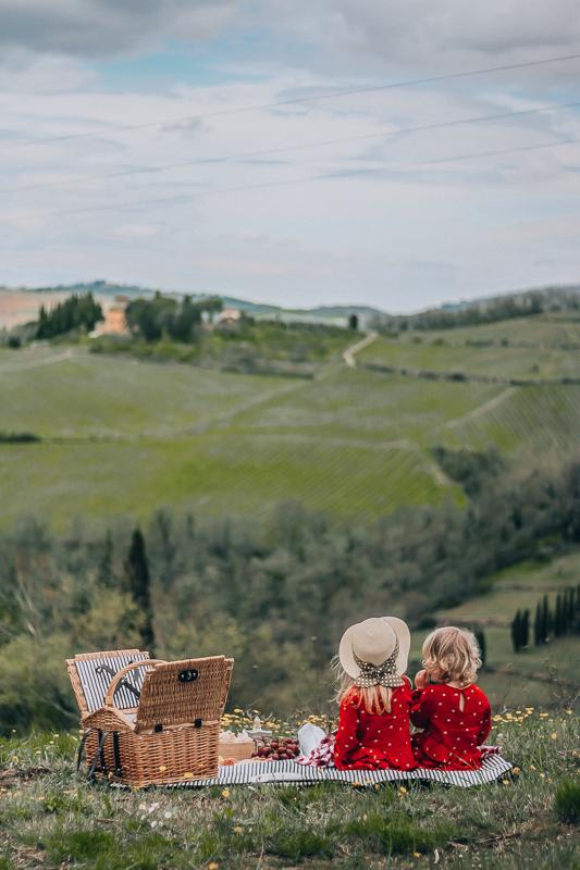 Tuscany with kids, picnic