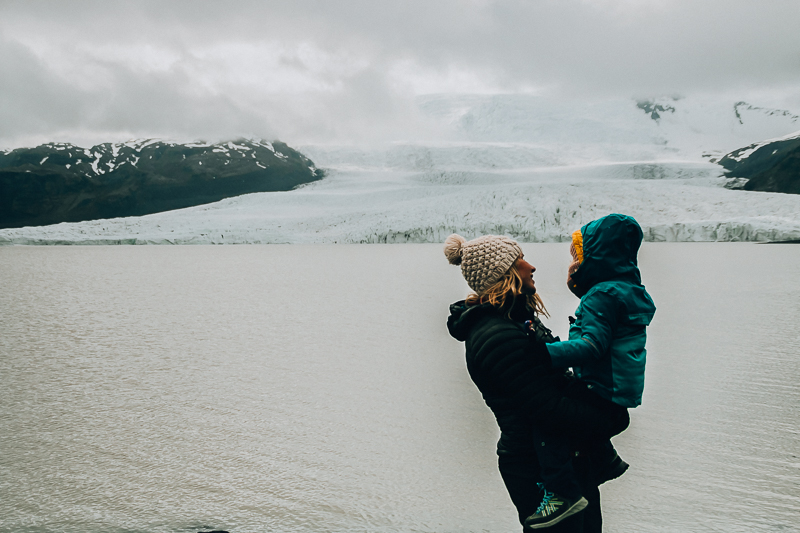 FJALLSARLON  with kids