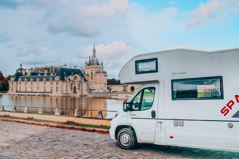 Chateu Chantilly motorhome