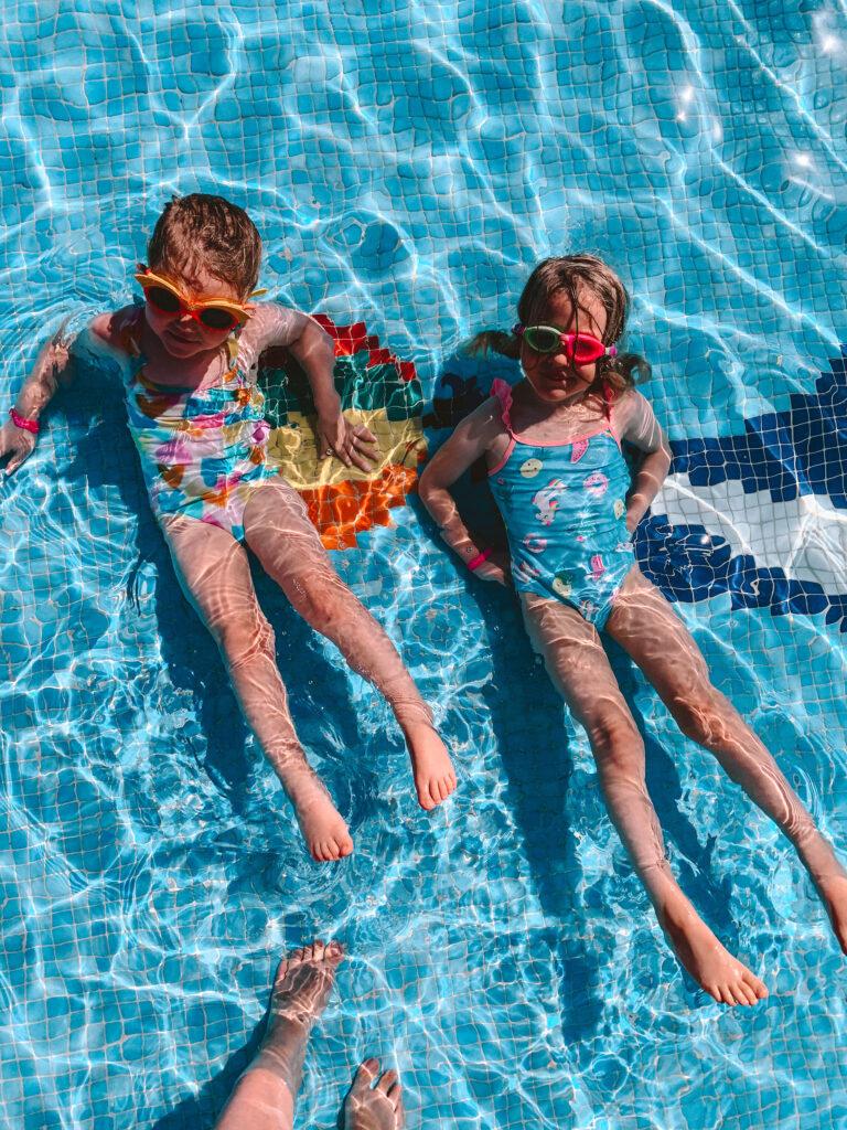 Kiani Beach Resort Pool